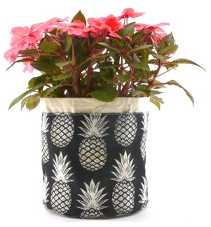 "aloha plant pouch - ""black & white pineapples"""